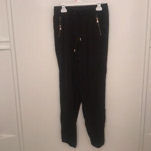 H&M size 4 black pant